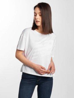 New Balance T-Shirt Essentials Track Club weiß