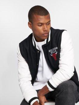 New Era Collegejakker NBA Contrast Chicago Bulls sort