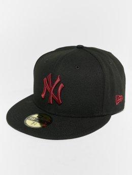 New Era Fitted Cap MLB Essential New York Yankees 59 Fifty èierna