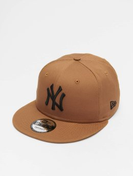 New Era Snapback Caps MLB League Essential New York Yankees 9 Fifty hnědý