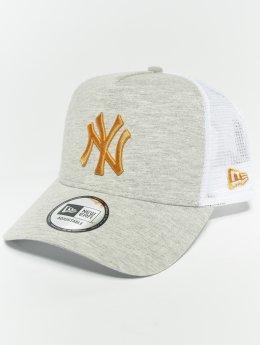 New Era Trucker MLB Essential New York Yankees 9 Fourty Aframe šedá