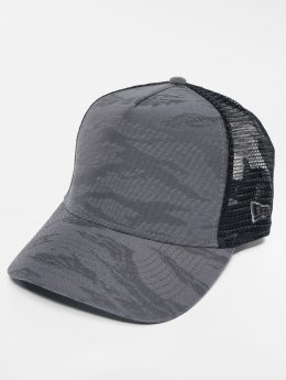 New Era Trucker Cap 3D Camo grau