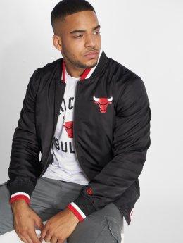 New Era Välikausitakit NBA Team Chicago Bulls Varsity musta
