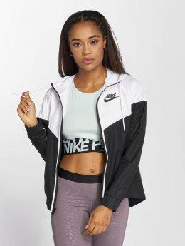 Nike Демисезонная куртка NSW Windrunner черный