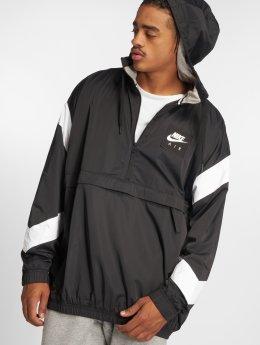Nike Демисезонная куртка Sportswear черный