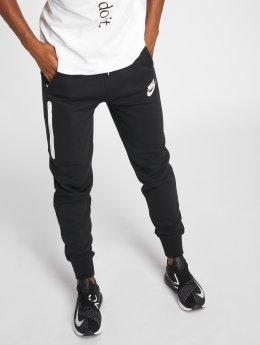 Nike Спортивные брюки Sportswear Tech Fleece черный