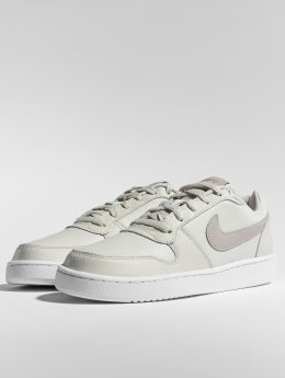 Nike Baskets Ebernon blanc