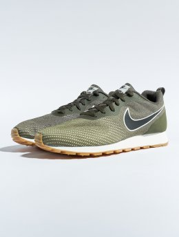Nike Baskets Md Runner 2 Eng Mesh kaki