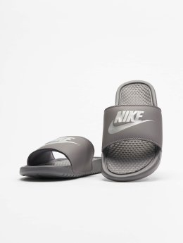 Nike Japonki Benassi