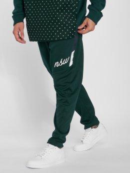 Nike joggingbroek Sportswear Shiny groen