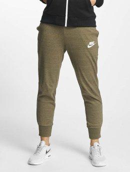 Nike Jogginghose NSW AV15 olive