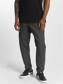 Nike Pantalon chino Sportswear gris