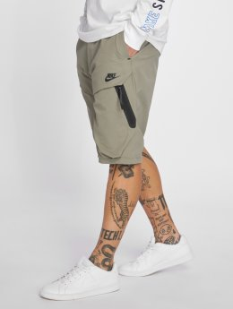 Nike Pantalón cortos Sportswear Tech Pack gris