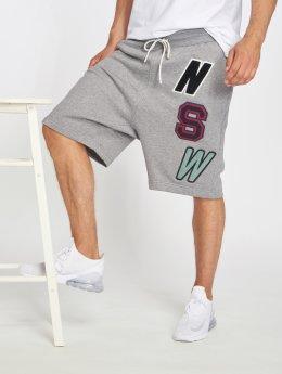 Nike Pantalón cortos Sportswear gris