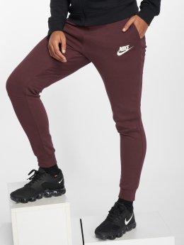 Nike Pantalón deportivo Advance 15 púrpura