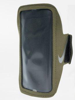Nike Performance armband Lean olijfgroen
