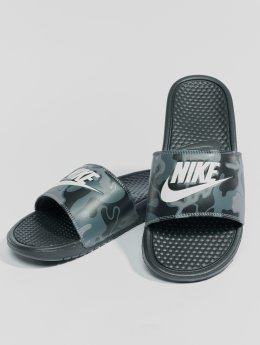 Nike Sandalen