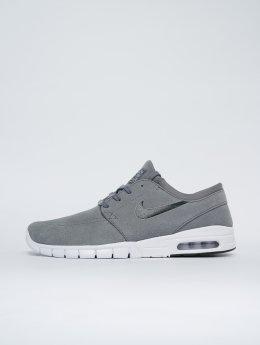Nike SB Sneaker Stefan Janoski Max Leather grau