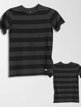 Nike SB t-shirt Boys grijs