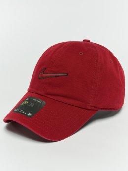 Nike Snapback Caps Unisex Sportswear Essentials punainen