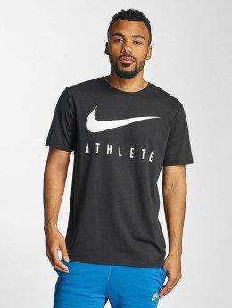Nike T-paidat Dry Athlete Training musta