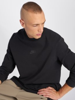 Nike T-Shirt manches longues Sportswear Tech Pack noir