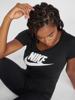 Nike t-shirt Classic zwart