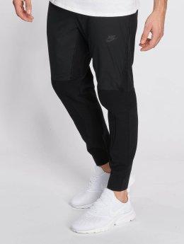 Nike Verryttelyhousut Sportswear Tech Knit musta