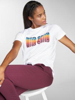 Noisy May T-Shirty nmCommand Rainbow bialy