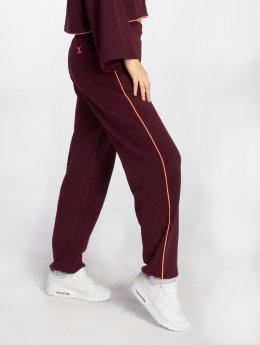 Onepiece Spodnie do joggingu Bumper  fioletowy