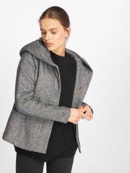 Only Демисезонная куртка onlSedona серый