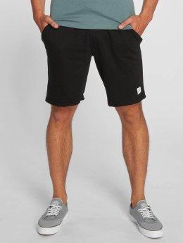 Only & Sons shorts onsChristian zwart