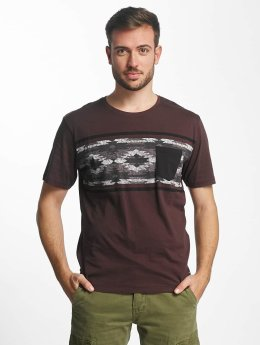 Only & Sons t-shirt onsAtue rood