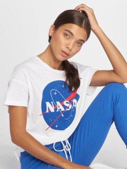 Only T-paidat onlNasa valkoinen