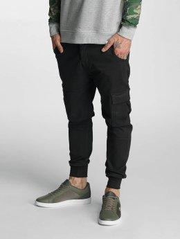 Rocawear Männer Cargohose Jogger Fit in schwarz