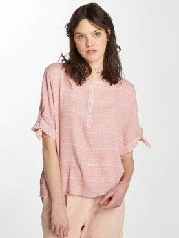 Stitch & Soul T-skjorter Mellow rosa