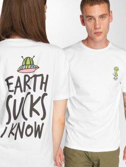 Tealer T-skjorter Earth Sucks hvit