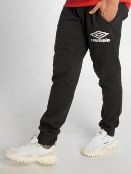 Umbro Spodnie do joggingu Classico Tapered Fit czarny