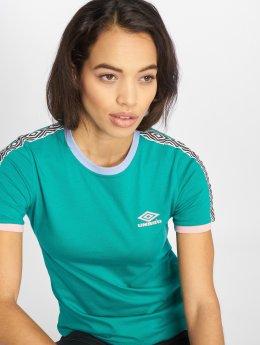Umbro T-Shirt Contrast Rib grün