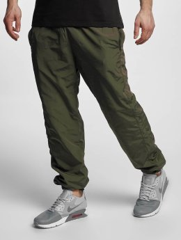 Urban Classics Jogginghose Nylon Training olive