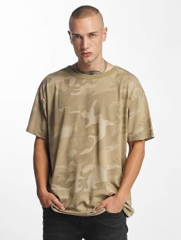 Urban Classics T-paidat Camo Oversized camouflage