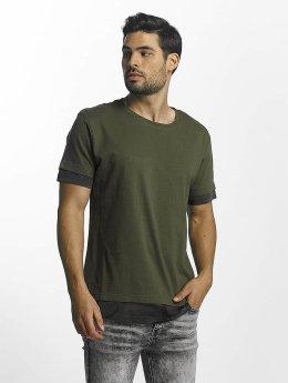 Urban Classics t-shirt Long Shaped Camo Inset olijfgroen