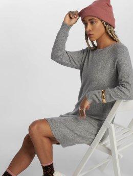 Vero Moda Šaty vmDoffy šedá