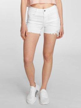 Vero Moda Frauen Shorts vmBe in weiß