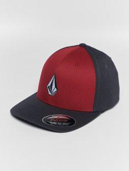 Volcom Flexfitted Cap Full Stone Xfit červený