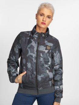 Yakuza Lightweight Jacket Lily Padded camouflage