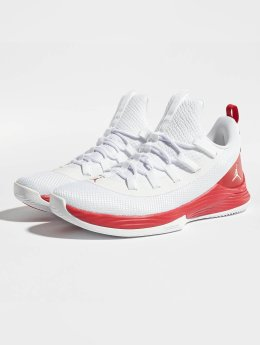 Jordan Tennarit Ultra Fly 2 Low Basketball valkoinen
