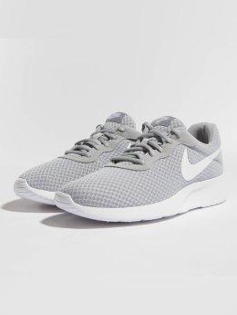 Nike Сникеры Tanjun серый