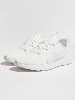 Nike Baskets Ashin Modern blanc