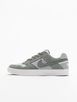 Nike SB Baskets SB Delta Force Vulc Skateboarding gris